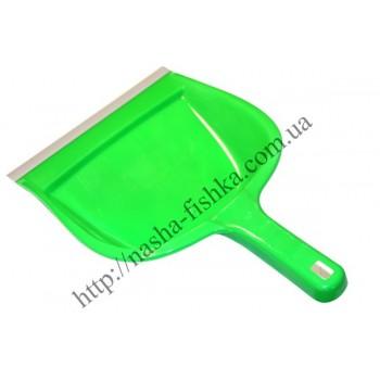 Совок пластиковый с резиновой насадкой