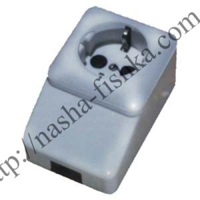 Розетка электрическая надплинтусная с мет. пластины